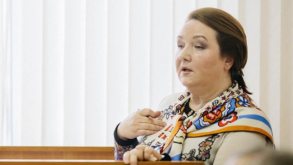 Вице-губернатор Галина Золина покинула Воронеж без очереднойученой степени