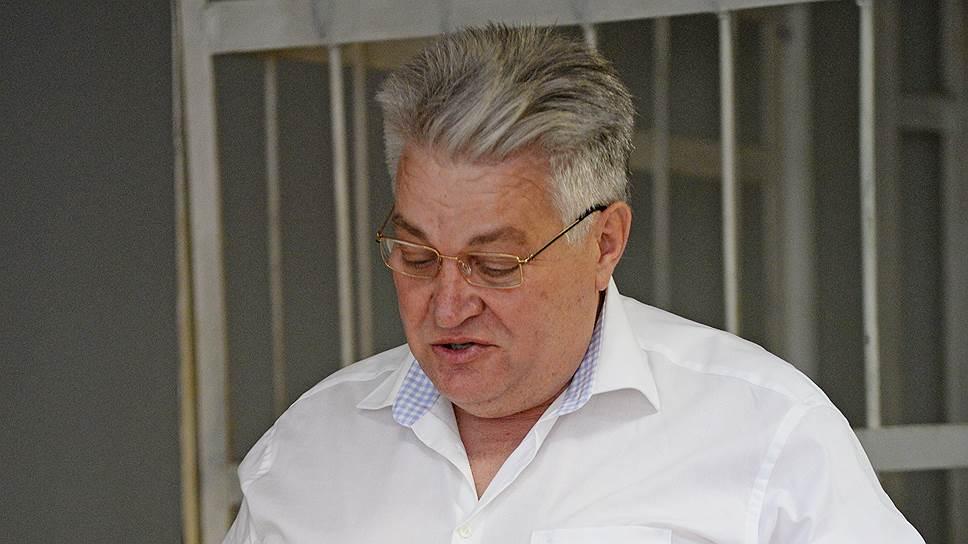 Дорожник не отказался от 120 миллионов / Обвиняемый в получении откатов Александр Трубников вину не признает