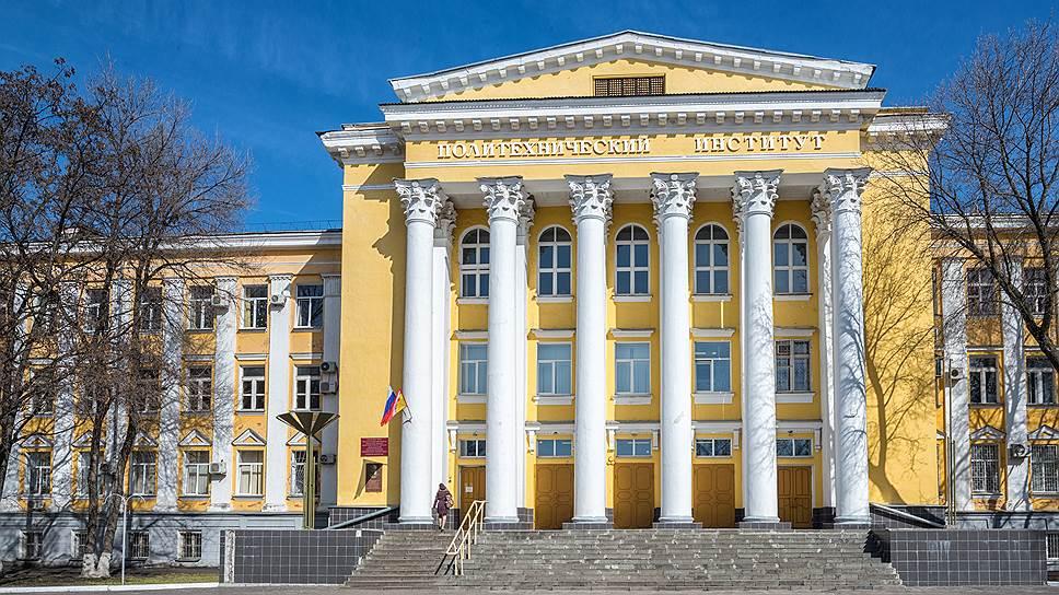 Воронежский технический университет может оказаться единственным опорным вузов в регионе до 2018 года