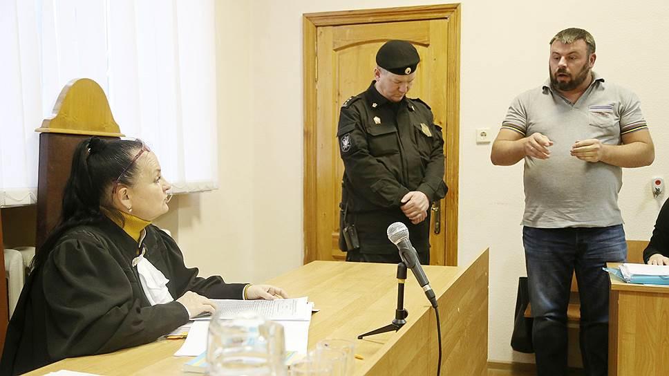 БГТУ не пошел на дело / Вуз отказался от иска к блогеру из-за публикаций о махинациях со стипендиями