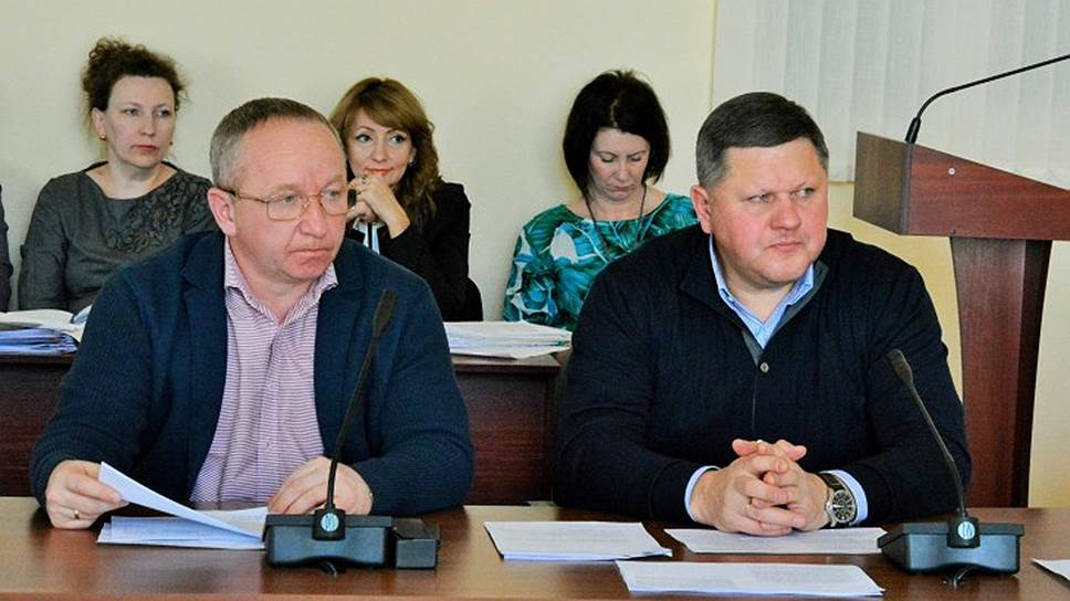 Курские бизнесмены не вынесли «Справедливой России» / Оба представителя партии в городском собрании отказались от нее и от мандатов