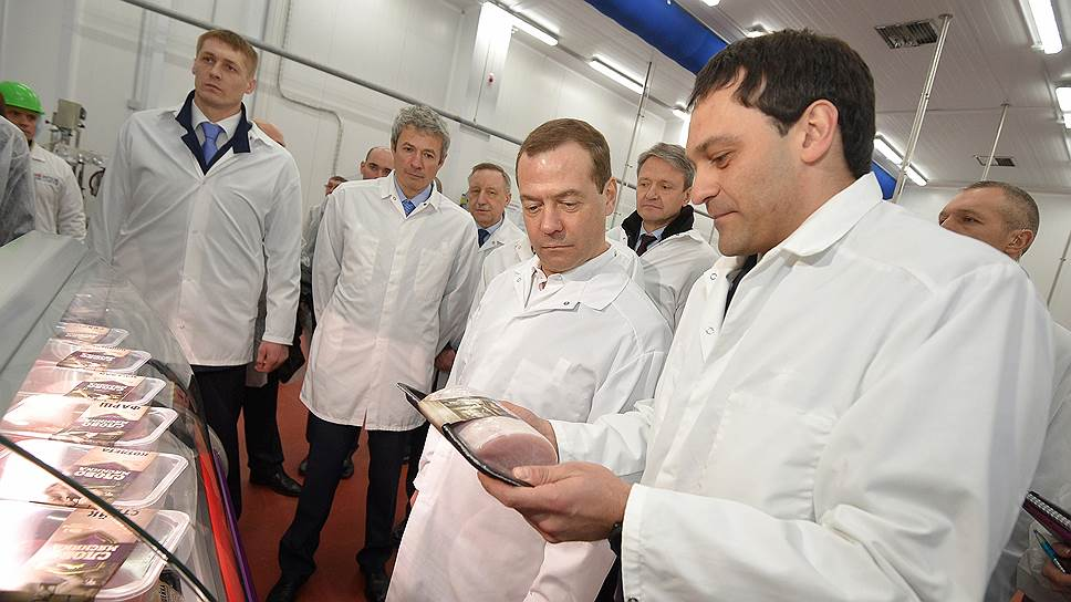 У России будет мясо на продажу / Дмитрий Медведев в Тамбове пообещал экспорт продовольствия