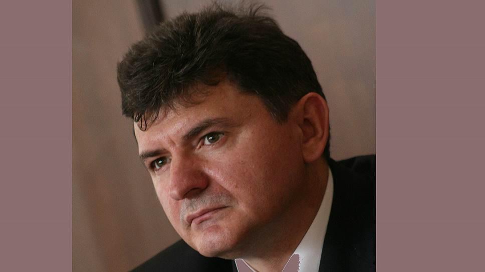 Председателя Саратовского облсуда потянуло к черноземам / Он может занять аналогичную должность в Воронеже