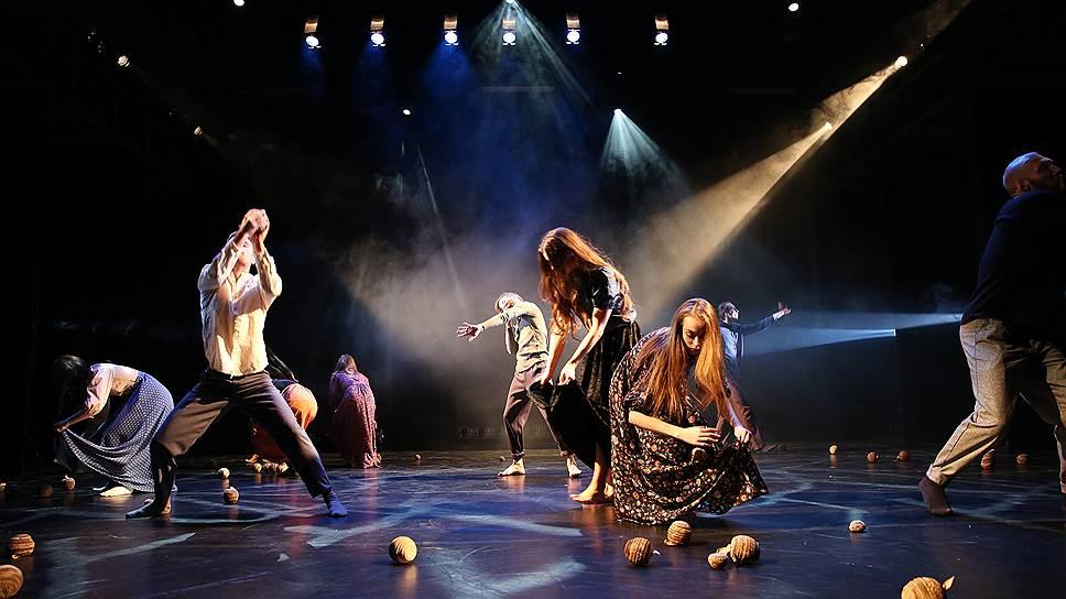 Как Михаил Бычков дал волю танцам