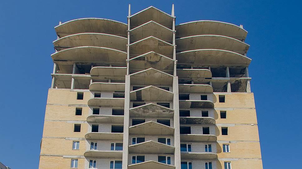 Настрой на меньшее / Воронежские власти более чем в два раза сократили выдачу разрешений на строительство