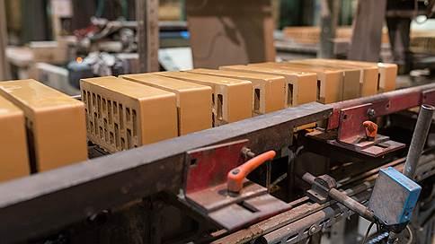 Инвесторы делят глину // На Орловщине запланированы два кирпичных завода на одном месторождении
