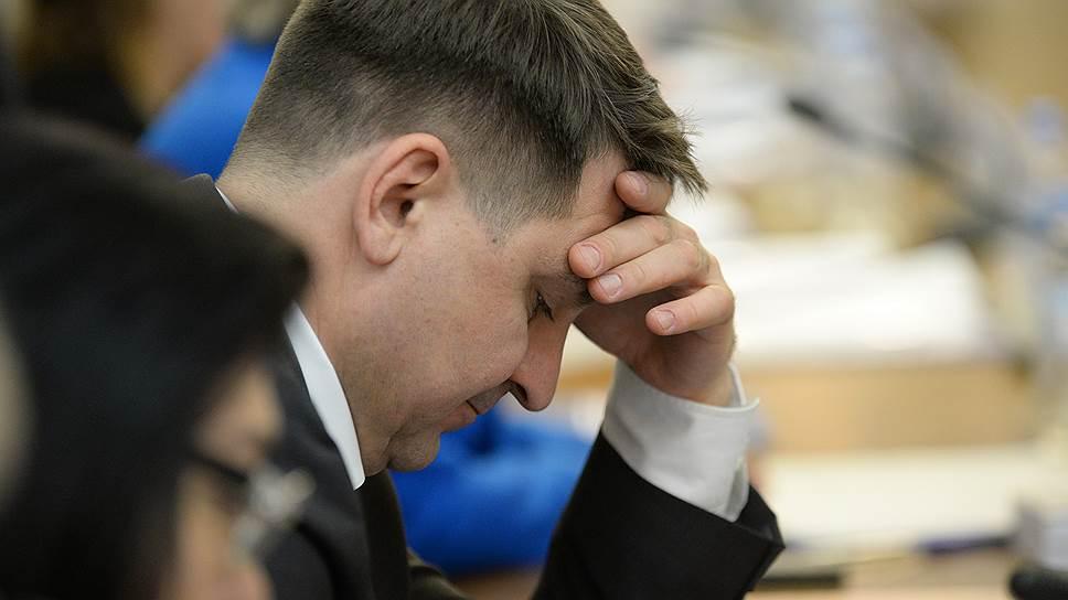 Депутат Госдумы Андрей Марков считает, что за 100 тыс. руб. уже не решить срочные проблемы сел