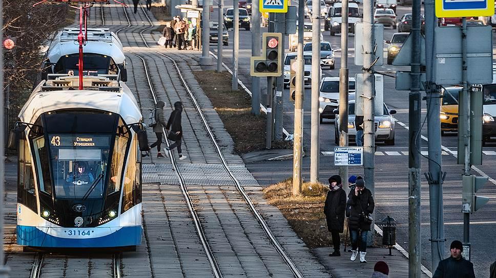 Липецк наращивает рельсы / Мэрия облцентра ищет инвестора проекта скоростного трамвая почти за 9 млрд рублей