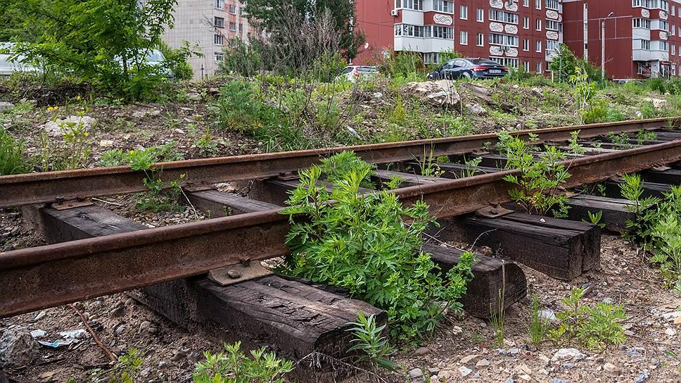 Жилье стоит на запасном пути / Железнодорожная ветка Минобороны затруднила застройку промплощадки в Воронеже