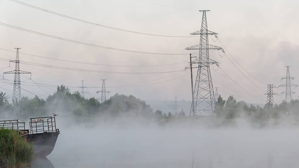 Энергетики почувствовали напряжение / Участники рынка электроэнергии в Черноземье спорят о долгах на 2 млрд рублей