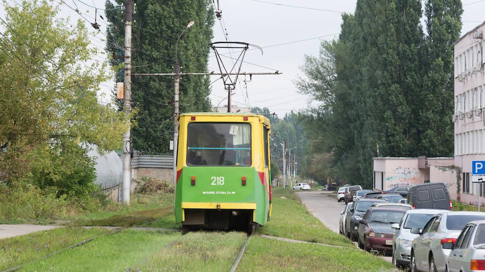 Трамвай нежелание / Липецкие власти обосновали сокращение электротранспорта дорогим ремонтом