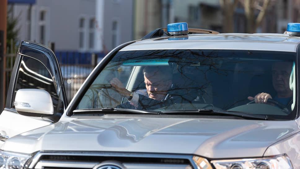 Евгений Савченко рулит / Губернатор Белгородской области больше не видит необходимости в служебных автомобилях