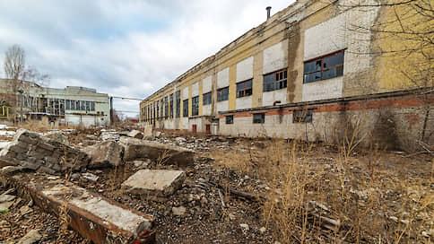 Над производствами занесли кран  / Девелоперы предложили застроить старые промплощадки Воронежа