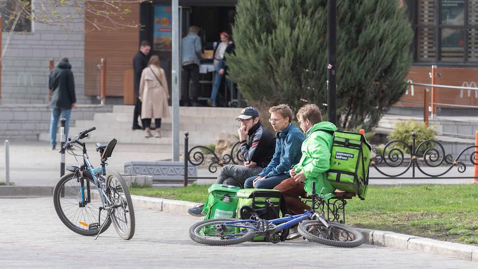 Власти начинают возвращать жителей Черноземья на работу