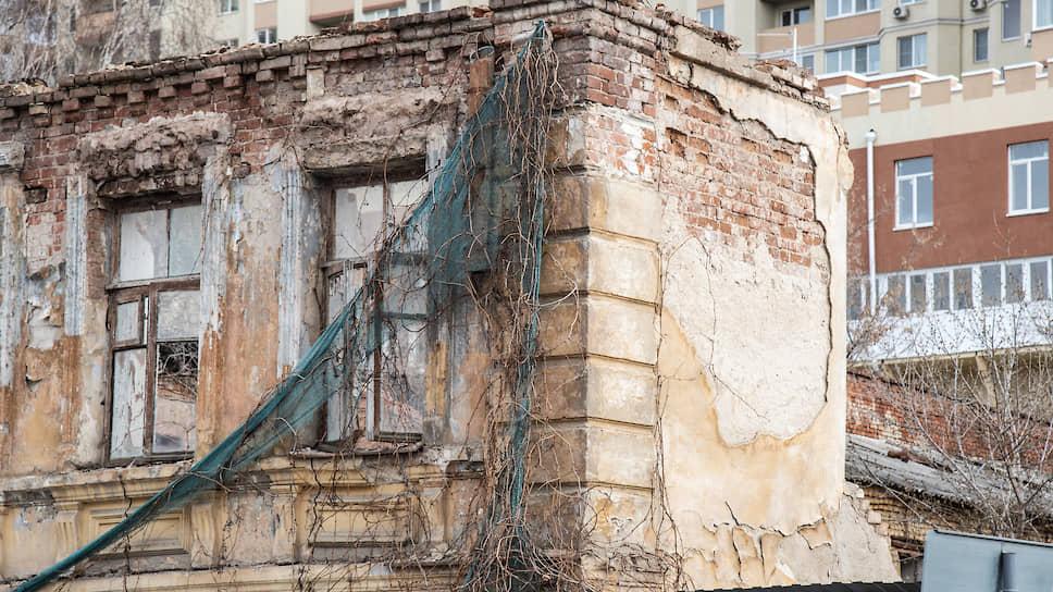Не эскроу другому яму / Крупнейший застройщик Воронежа нашел виновника в срыве проектов реновации
