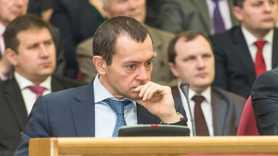 Олегу Сумину припомнили заработки на госслужбе