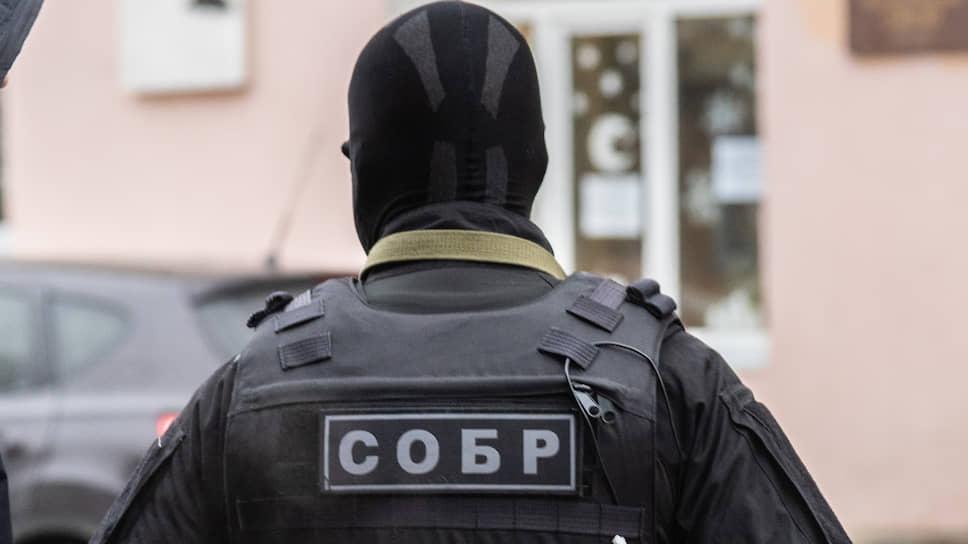 Управляющий сменился силовиками / Юрий Мохов мог выйти из дела банкротящегося СМУ-6 за 2,5 млн рублей