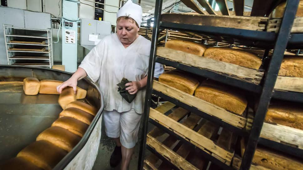 Девелоперы занимают хлебные места / В Воронеже закрывают шесть производств мучных изделий, три из них могут застроить