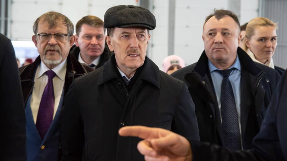 «Мы не можем голосовать против» / Депутаты Госдумы вопреки призыву Алексея Гордеева поддержали проект бюджета