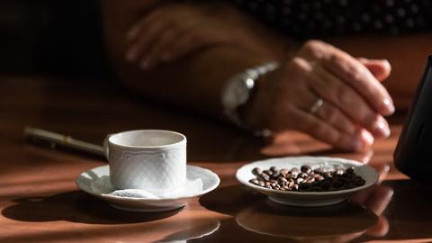 Колония на кофейной гуще  / Курскому предпринимателю ужесточили приговор за аферу с займами Сбербанка