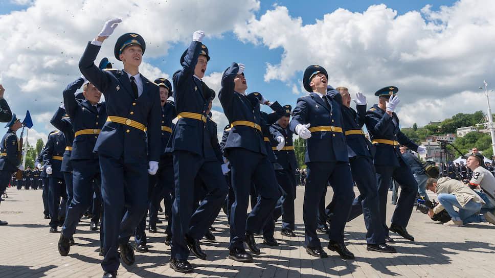 Выпуск офицеров Военно-воздушной академии имени Жуковского и Гагарина