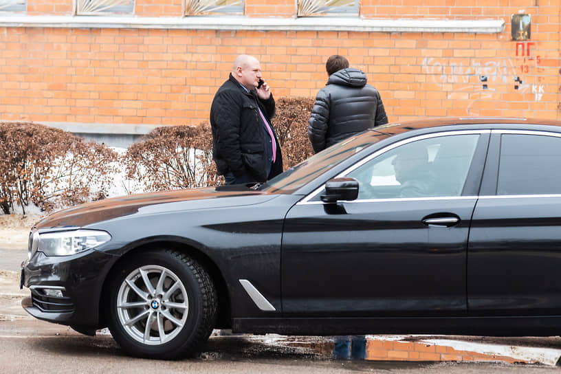 Депутат воронежской городской думы Дмитрий Крутских (слева)