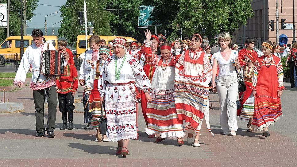 В Курск съезжаются творческие коллективы из самых отдаленных уголков области