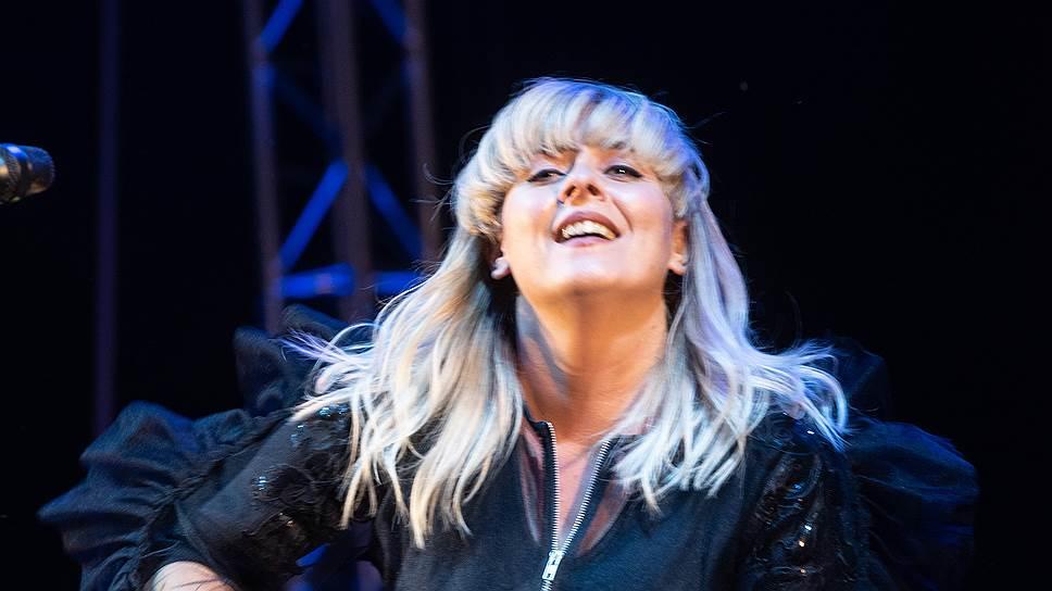 Музыкальные критики сравнивают Eivør с другой певицей с севера Европы — Бьорк
