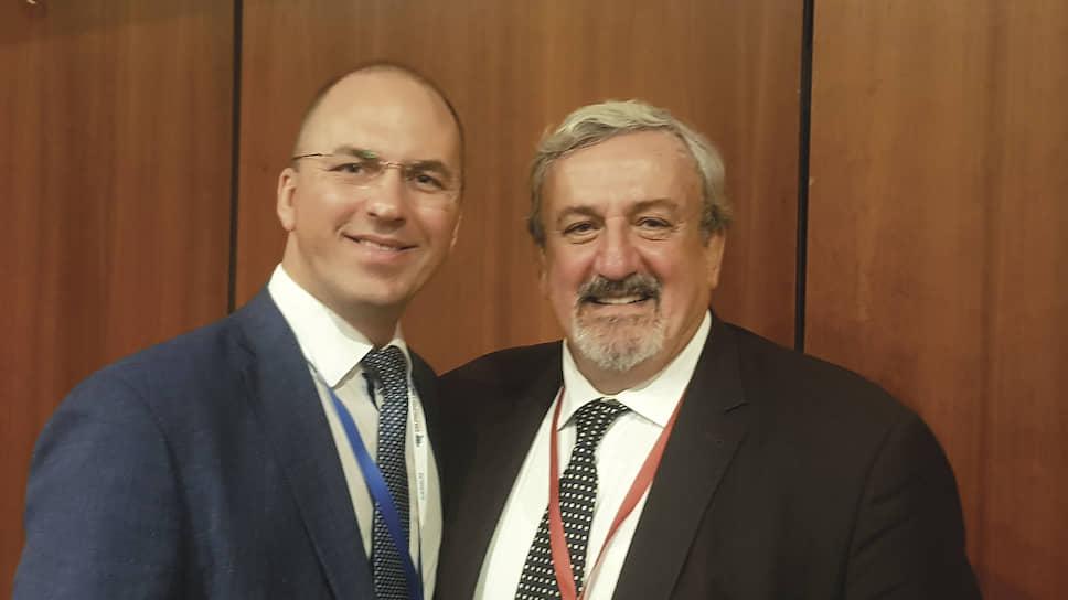 Сергей Шаронин (слева) на встрече с губернатором региона Puglia Микеле Эмилиано во время визита в Италии