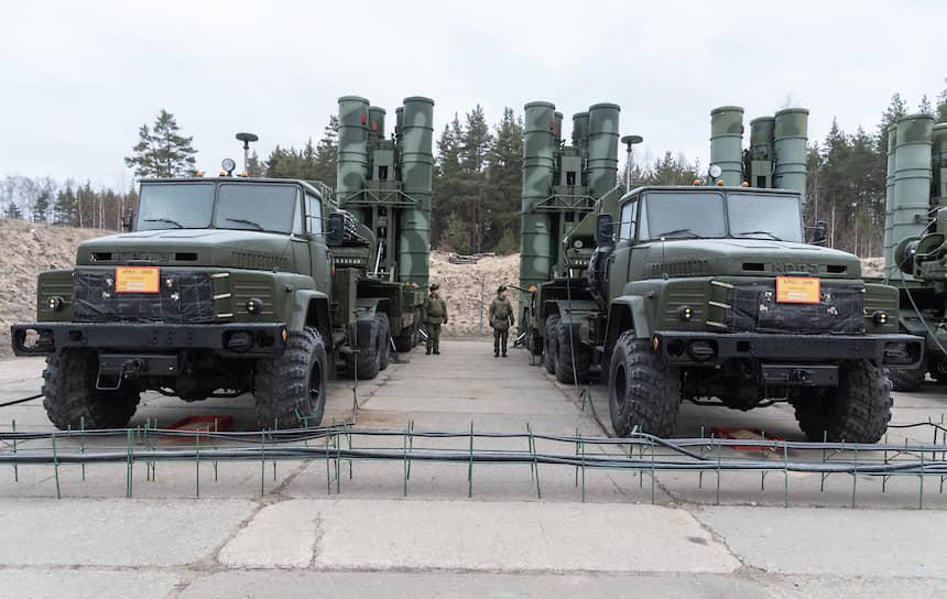 Скорость полета ракеты С-300ПМ-2 к цели составляет более 1200 метров в секунду