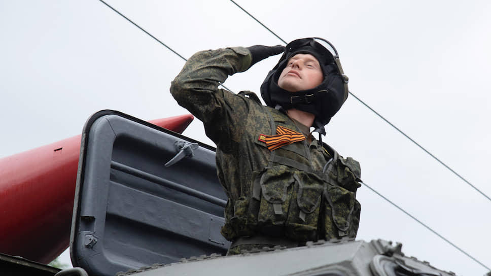 Проведение парадов Победы в Воронеже возобновилось в связи с возвращением в город штаба 20-й гвардейской общевойсковой армии в 2015 году