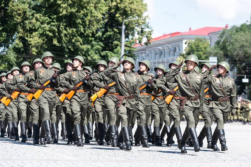 Историческая часть парада