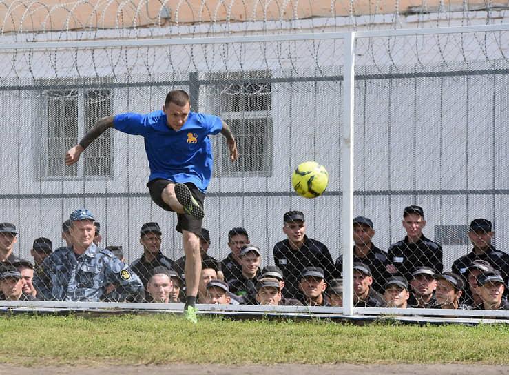 Павел Мамаев играл в футбол в команде колонии «Золотой лев»