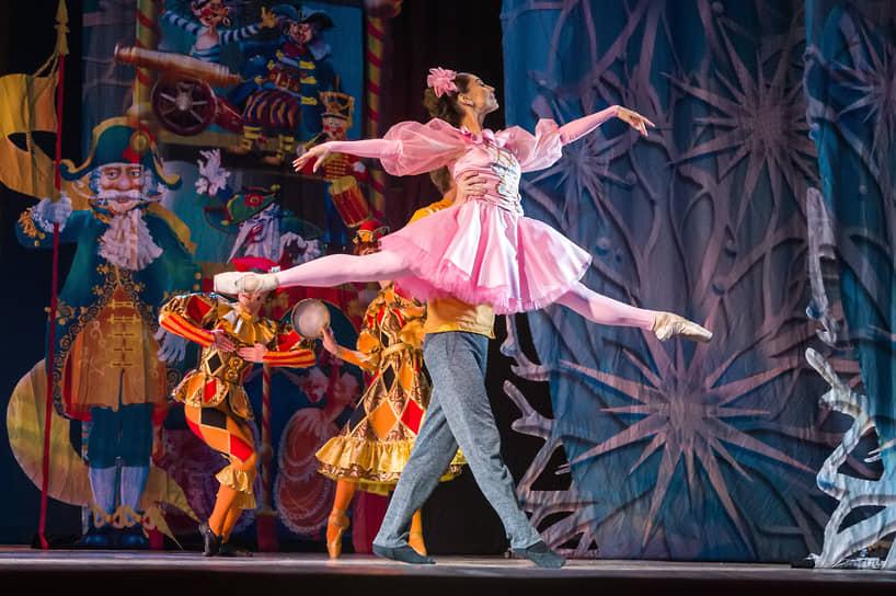 По словам худрука театра оперы и балета Александра Литягина, музыка была написана еще несколько лет назад специально для Воронежа: «Невозможно было поставить быстро, но была проделана большая работа, и эксклюзив будет на нашей сцене»