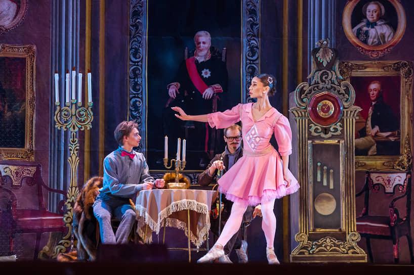 Балетмейстером стал худрук театра «Кремлевский балет» Андрей Петров, уже ставивший в Воронеже балет «Руслан и Людмила» в 2016 году