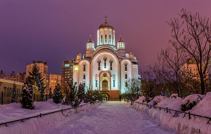 Храм во имя блаженной Ксении Петербургской (Воронеж)