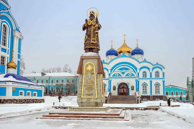 Задонский Рождество-Богородицкий мужской монастырь. Церковь Рождества Богородицы