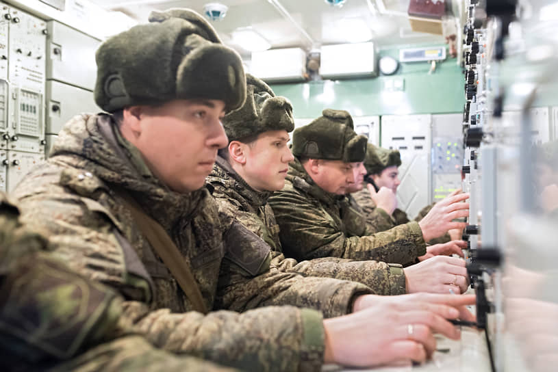 В 2019 году завершилась модернизация зенитно-ракетных комплексов, стоящих на вооружении воронежского полка. В декабре 2019-го обновленная техника заступила на боевое дежурство