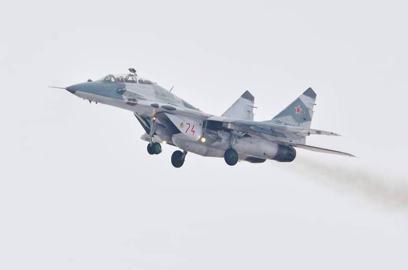 Вылеты курских летчиков с воронежского аэродрома в рамках подготовки к учениям «Ладога-2012»