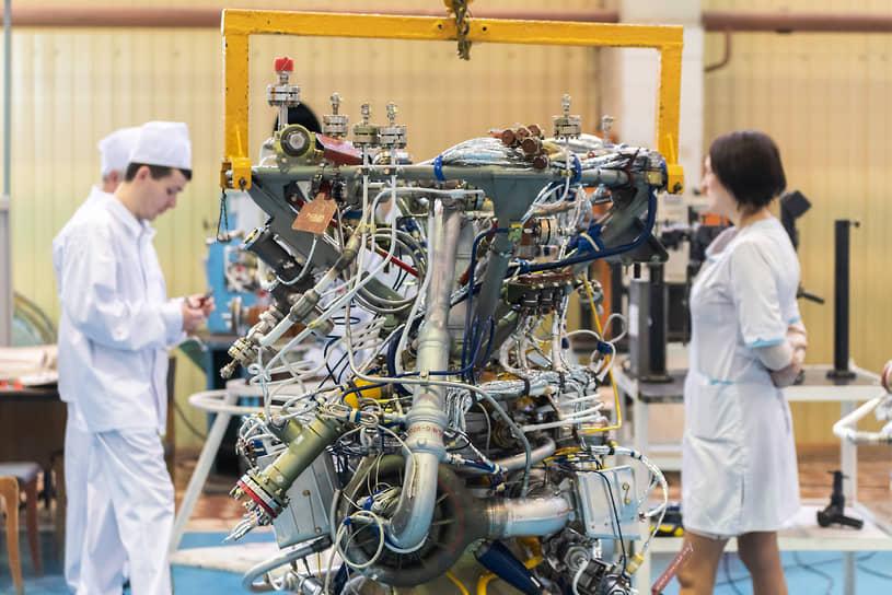 Главная продукция Воронежского механического завода — ракетные двигатели на жидком топливе. В последние годы идет освоение двигателей на новых видах топлива