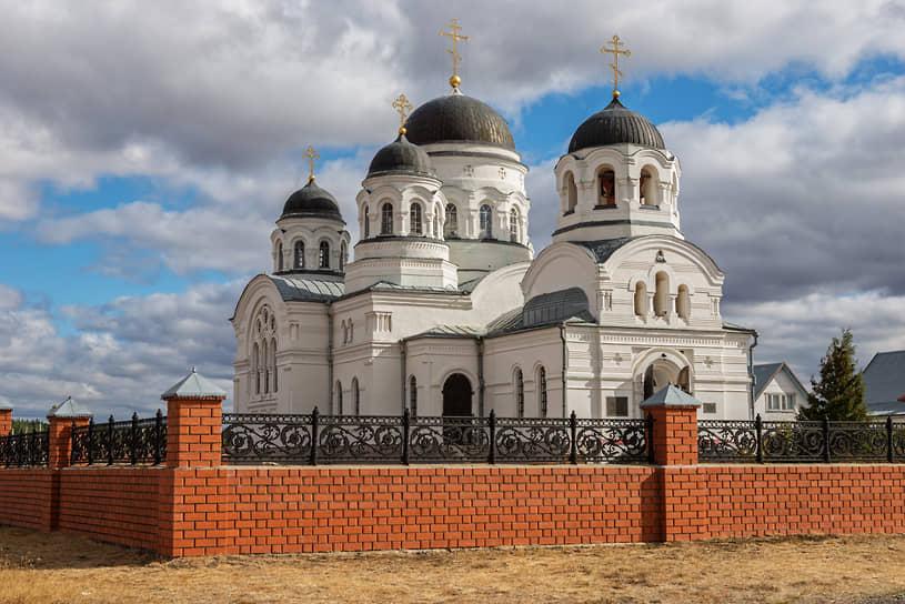 Храм во имя святителя и чудотворца Николая, село Масловка Лискинского района Воронежской области