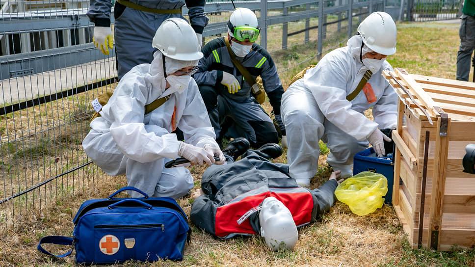 Кроме того, специалисты отработали спасение пострадавших.