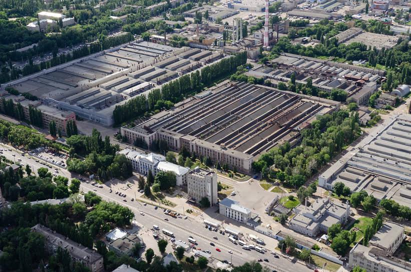 До «Аксиомы» последним юридическим владельцев ДК было АО «ГКНПЦ имени М.В. Хруничева», ответственное за создание двигателей для покорения космоса, а не за развитие культуры
