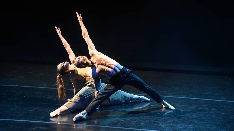 Вечер современной хореографии в Камерном театре «Танцуем Мандельштама».