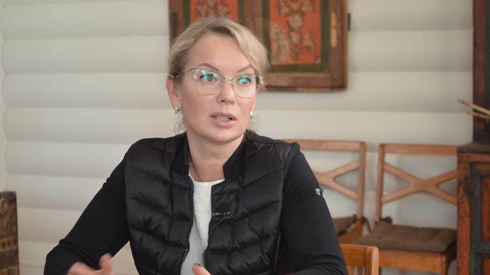 Спикер конференции, генеральный директор ИКК «Вятское» Елена Шахова рассказала, что в селе 15 музеев, с экспонатами, зарегистрированными в музейном фонде Российской Федерации