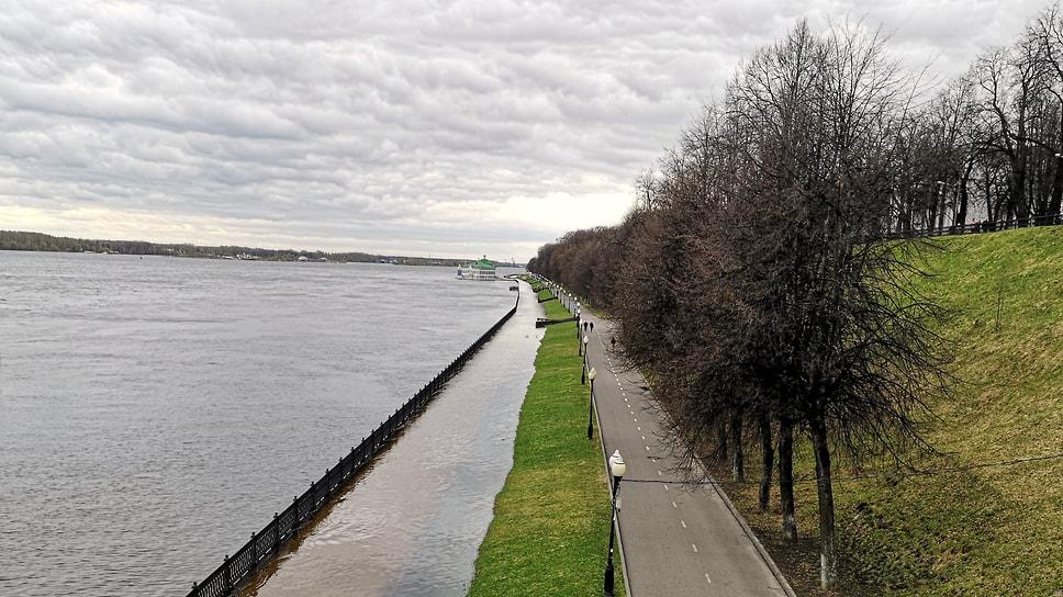 Каналы Волжской набережной.