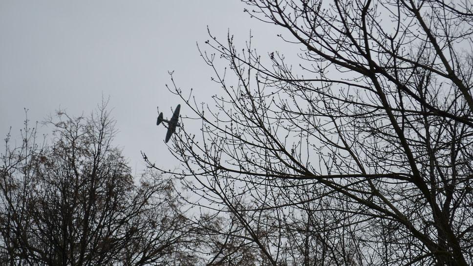 Легендарный Ил-2 в небе над Ярославлем.