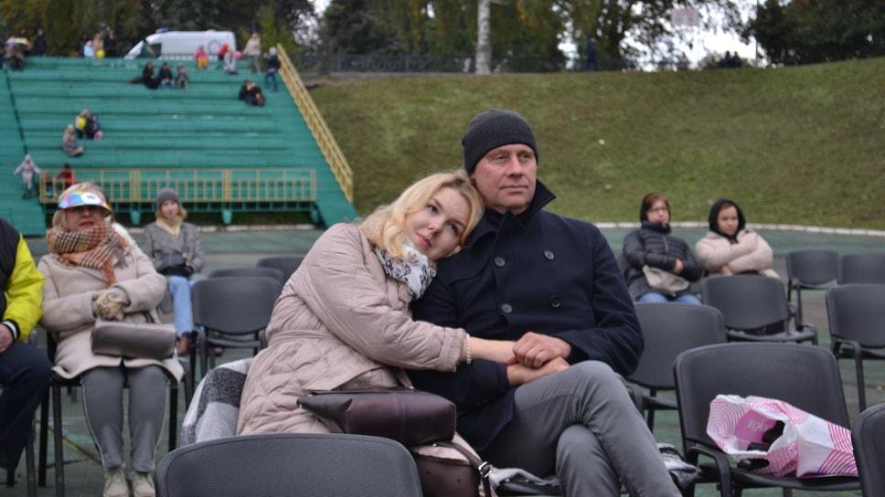 На стадионе «Спартаковец» во время просмотра фильма «Кавказская пленница» под открытым небом