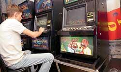 Игровые автоматы 2005 год автоматы игровые роджер