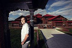 Братья по кровле Этнодвор Непала пока единственный проект, который Руслан Байрамов реализовал совместно с бизнесменами из других стран